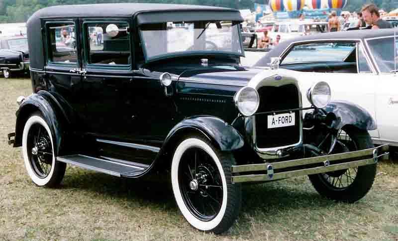 ford model a fordor town sedan netclassics antique toys cars ford model a fordor town sedan pictures